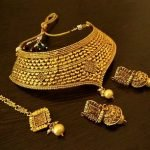 Heavy Gold Necklaces for Brides3